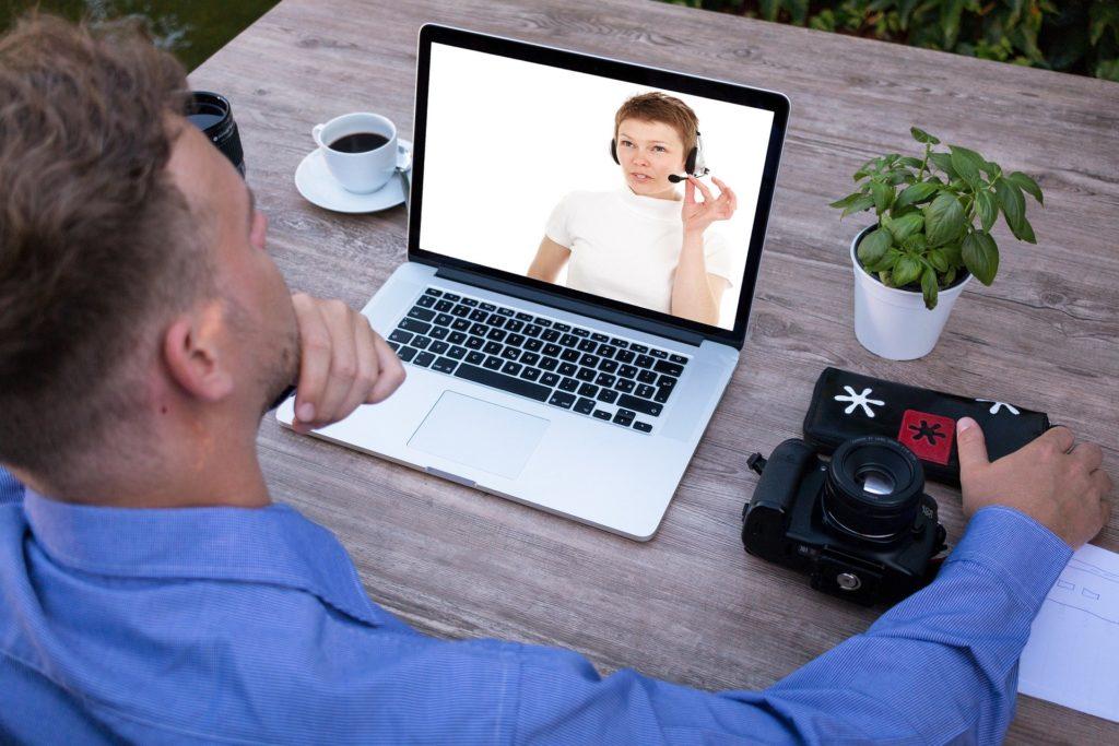 Unternehmer Skyp Interview Bewerberin